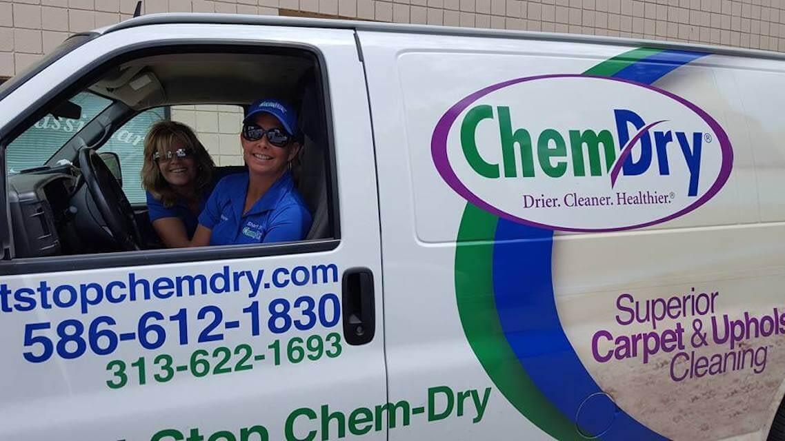 detroit carpet cleaning van with techs
